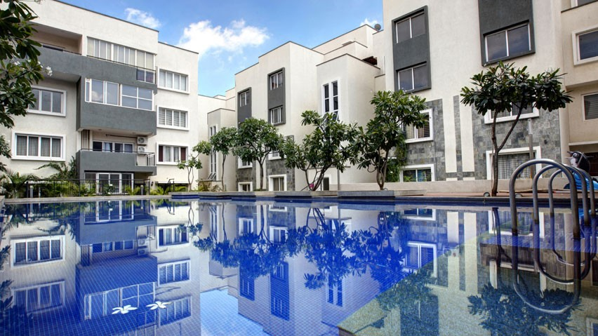 Vaishnavi Orchids Swimming Pool view | Best Ready to move 3 BHK & 4 BHK villas are for sale at Sarjapur Road, bengaluru