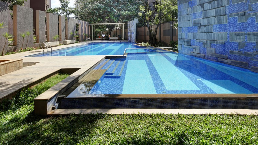Vaishnavi Nakshatra Swimming Pool area | Best 2 BHK & 3 BHK Property to buy is for sale in Yeshwanthpur, bengaluru