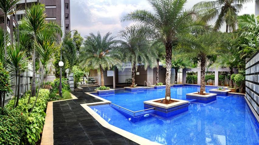 Vaishnavi Splendour Swimming Pool area | Vaishnavi Group | Luxury 3 BHK & 4 BHK flats are for sale in RMV Layout, bengaluru