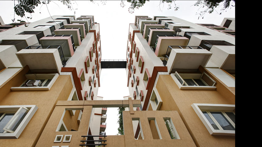 Vaishnavi Paradise bottom to top view | Ready to move 2, 3 BHK spacious flats are available for sale in Jayanagar, bengaluru