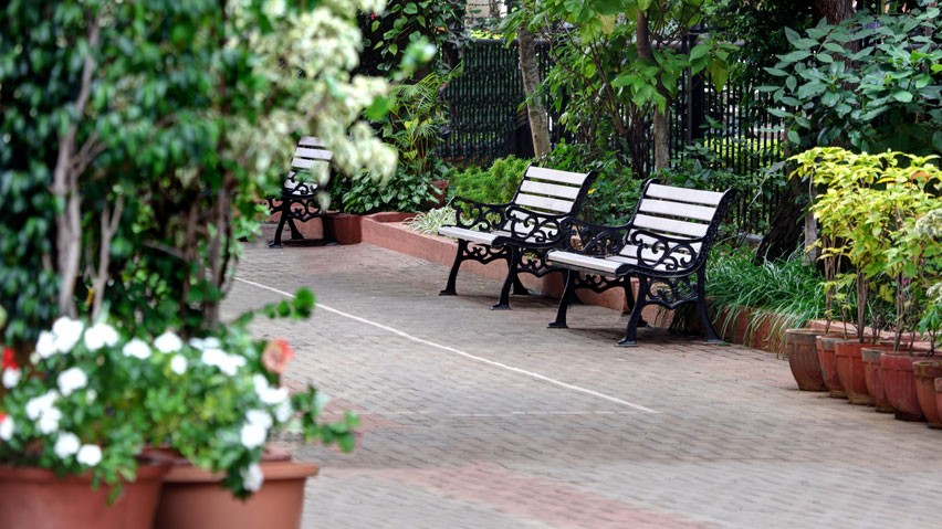 Vaishnavi Paradise garden overview | Ready to move 2, 3 BHK spacious flats are available for sale in Jayanagar, bengaluru