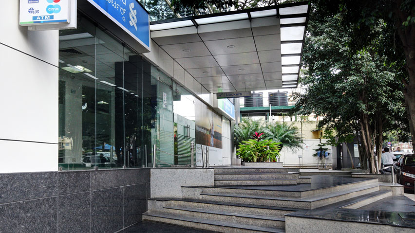 Vaishnavi Serenity front staircase | Best Workplace for mid-size Organization now occupied by Standard Chartered Bank at Koramangala, bengaluru