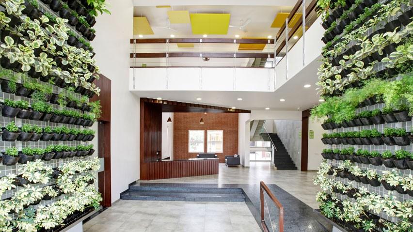 vaishnavi-commune-reception
